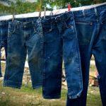 Cara Mencuci Celana Jeans